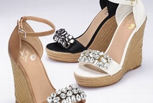SHOES!!!!! / by Jinny Meyer