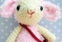 Haken poppen en beesten schapen/lama