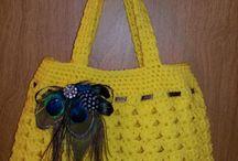 Bolso color amarillo crochet