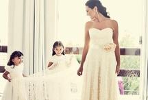 REAL BRIDE { Geise + Rodrigo } / REAL BRIDE  { Geise e Rodrigo } JULIE LONDON wedding Gown by A MODISTA ATELIER |  Santa Tereza . Rio de Janeiro |  photo Dueto Fotografia http://duetofotografia.com.br/blog/2013/07/casamento-geise-e-rodrigo/