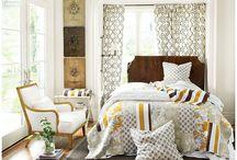 Bedrooms / by Dawn Zeik