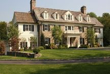 Beautiful Homes / by Sheena Elizabeth