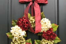 wreathes & decorations / by pam jennkins