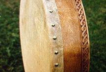 šaman bubny