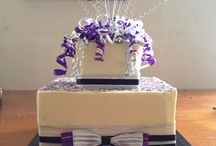 Beautiful, fun and elegant crafted by me / Made with love by Just have to love cake