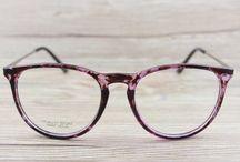 Óculos de grau e de sol