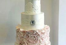 Cakes / by Belinda Ramsey