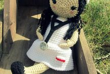 Crochet Dolls / by Jaffee Leung