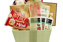 Healthy Gift Basket / The Organic and Natural Gift Basket provides a thoughtful and healthful way to show your appreciation to friends, family, clients, or associates this holiday season. The hand-crafted arrangement from Broadway Basketeers overflows with a generous selection of organic and healthy treats including dried fruit, teas, snack mix, crackers, and cookies. The simple yet elegant basket is completed with a hand-tied bow. http://goo.gl/QnbtMp