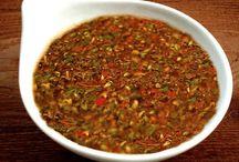 Salsas para sorprender en tu barbacoa / Las mejores salsas para acompañar carnes a la brasa. ¡Sorprenderás a tus invitados!
