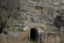 La via Clodia / L'antica strada che collegava Vejo alle città dell'Etruria meridionle. Old Etruscan road.