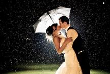 Regenachtige bruiloft