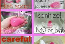 Cleaning makeup tools