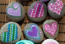 målade stenar