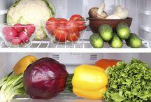 Fridge Makeover / Foods that belong in a healthy fridge
