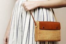 puulaukku / wood and leather bags
