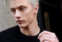 Lucky Blue Smith / Lucky Blue Smith