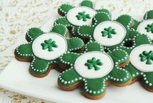 Kiss Me, I'm Irish! St. Patrick's Day Stuff / All things St. Patty's Day - party food, crafts, cards, decorations, etc.