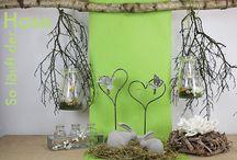 So läuft der Hase / So läuft der Hase. Unser Osterthema mit zwei verschiedenen Hasen aus Keramik modern grau, Windlicht fertig dekoriert, 3 Vasen in einem Metallgestell und mehr. http://creatina-dekoshop.de/Themenwelten/So-laeuft-der-Hase