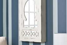 Shabby chic. / Love that vintage shabby chic DIY look? You've found the right board!