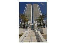 Aventura  / Miami Real Estate: Aventura