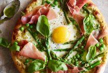 pizza / by Lucas Freitas