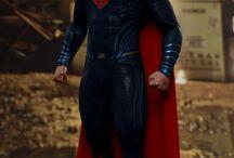 Superman Figurine / Superman Figurine Hot Toys