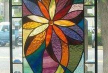 Picturi pe sticlă