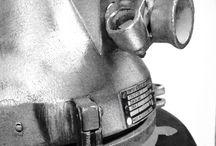 Uniek Fabriek / Als je op zoek bent naar n eyecatcher voor je interieur! Uniek Fabriek!! Wij hebben oude originele industriele lampen uit n ver verleden. Oftewel het heeft even geduurd voordat deze lampen met karakter de fabriek mochten verlaten!!   www.uniek-fabriek.nl