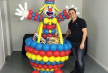 Circus theme balloons