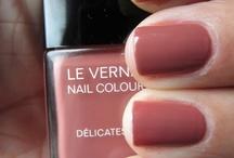 BEAUTY: nail