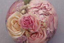flower preservation ideas / preserving wedding flower ideas