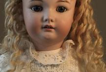 Dolls / Antique & modern