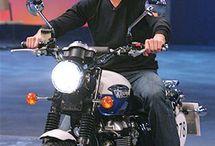 Tom Cruise Triumph