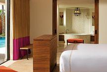 Honeymoon Swim Up Suites