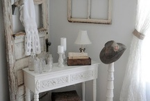 Decor / by Lacee Smith