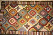 Rug Hooking Abstract, Geometric, etc. / by Sylvia Gauthier