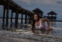 Nude implied on location photoshoot. / Wet and wild