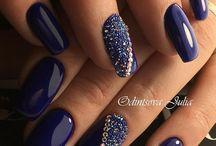 Pixie Nails