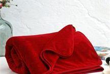 Yeniyıl-Christmas / Ev Tekstili ve Dekorasyonu üzerine farklı tarzdaki yeniyıl hediye seçenekleri için www.ikikiz.com