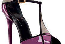 sapatos e bolsas / by Carmen Santana