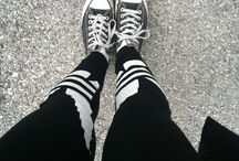 Selfiemadegirl On The road !!! / My converse and My leggins by #Adidas