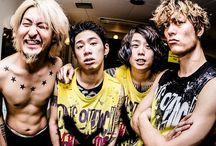 ONE OK ROCK / Se siete grandi fan degli OOR iscrivetevi su http://oneokrockitaly.forumcommunity.net/  ^_^