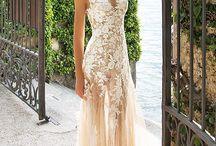 Beautiful dresses <3 <3 <3