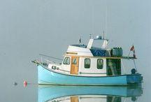 Trawler / Bateau de bois ou trawler