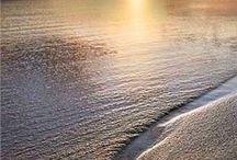 The sea west sun
