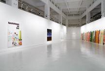 Anne Berning / La temática de esta exposición gira en torno al mundo de la pintura y a la estereotipada clasificación que los libros y catálogos de arte hacen de él.