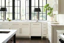 Black & white kitchen love
