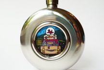 Hip flasks / Ploskačky / Alcohol buttles for travellers / Flaše na alkohol na cesty