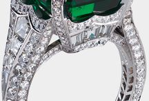 Exceptionally Beautiful Gems / As wildllfe/animal jewelry designers, we tend to use small, fine gemstones as accents, with the main emphasis being the gold or silver animal we're depicting. We do, however, love to look at magnificent gems.